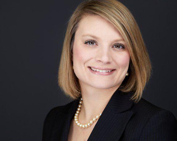 Business Women's Headshots in Louisville Kentucky